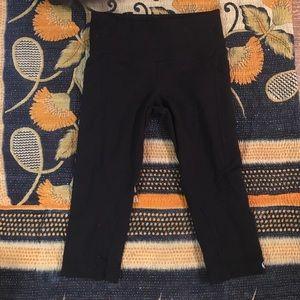 Lululemon Black Cropped Side Pocket Pants
